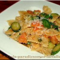 Egy könnyű, gyors zöldséges tészta