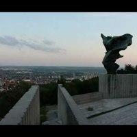Pécs egy napja - videón