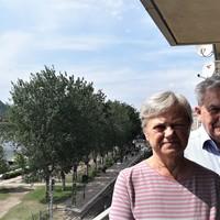 """""""A kerület vezetésének kutya kötelessége a nagyberuházásokat a kerületiek javára fordítania"""" - interjú Chikán Attilával és Nagy Mártával."""