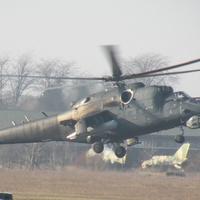 Helikopteres rajtaütés - Képességbemutató Szolnokon