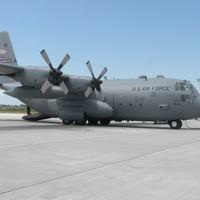 C-130-assal repülve