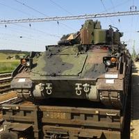 Bradley felderítő harcjárművek Hajmáskéren