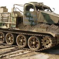 T-54-esből lánctalpas teherautó