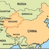 Ujgur ügyvédeknek tilos a hosszú szakáll, a burka és a fátyol