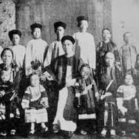 Gyermeknevelés kínai módra avagy megéri e diktátornak lenni?