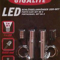 Ledes kulcstartó lámpa, gombelemes led fényforrás