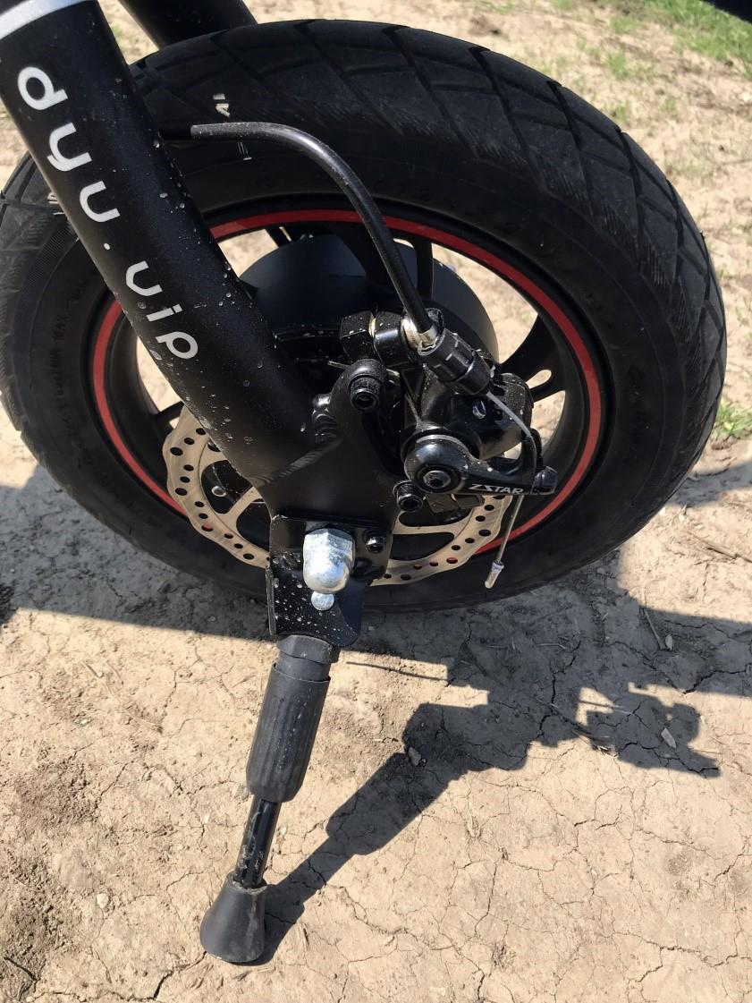 dyu-d1-deluxe-osszecsukhato-elektromos-mini-kerekpar-teszt-bicikli-villanybringa-kismotor-villanymotor-elektromos-motor-f-wheel-minikerekpar-04.jpg