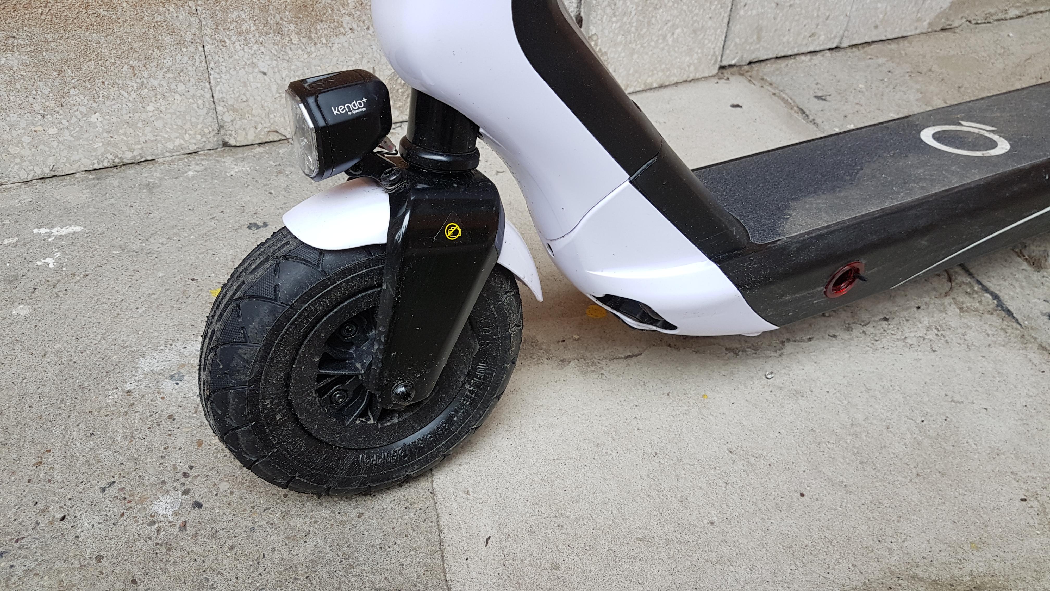 xiaomi-es808-elektromos-roller-teszt-electric-scooter-villany-roller-varosi-kozlekedesi-eszkoz-01.jpg