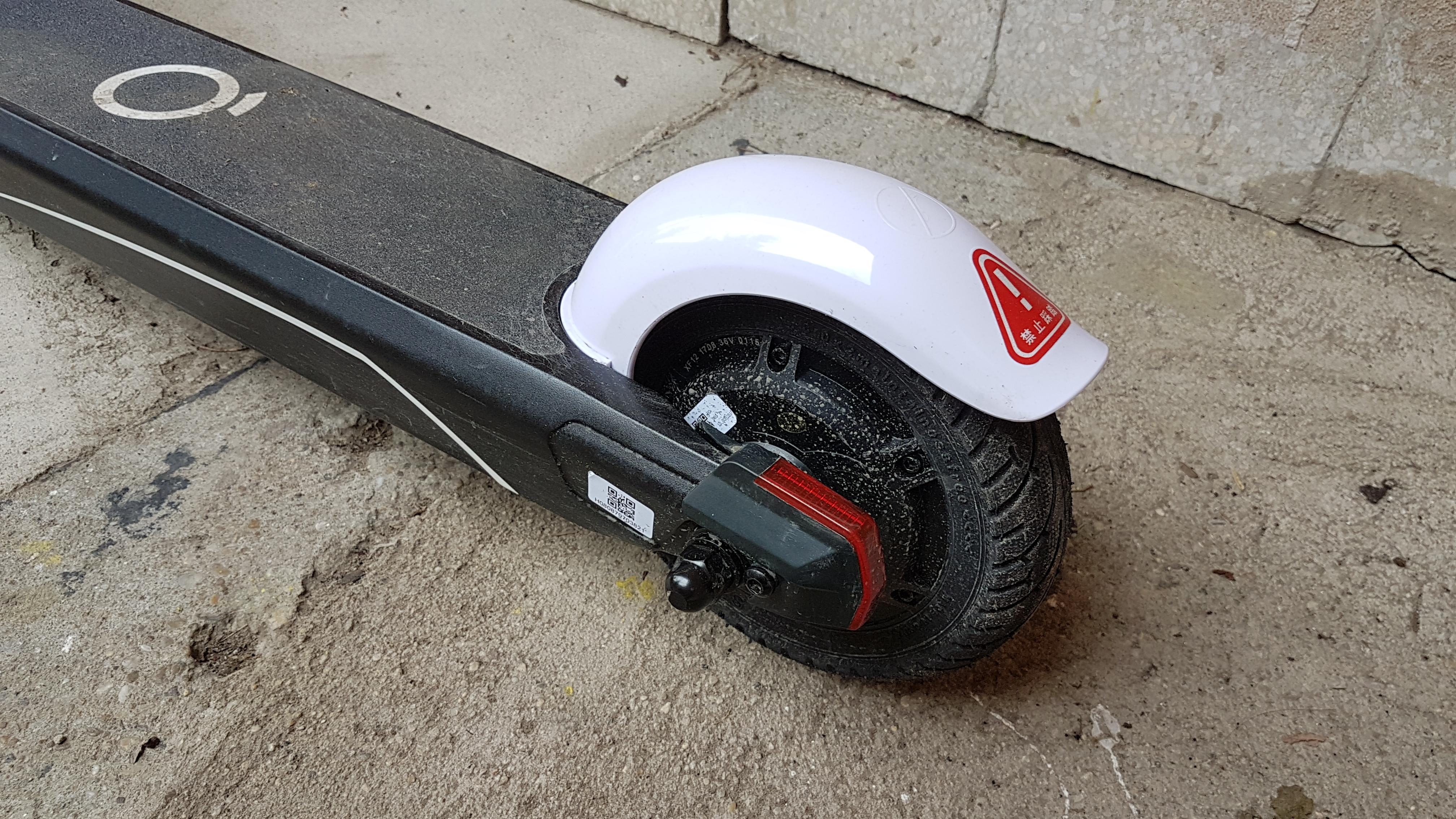 xiaomi-es808-elektromos-roller-teszt-electric-scooter-villany-roller-varosi-kozlekedesi-eszkoz-02.jpg