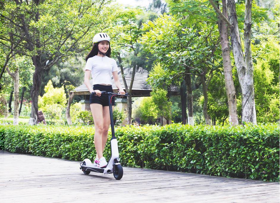 xiaomi-es808-elektromos-roller-teszt-electric-scooter-villany-roller-varosi-kozlekedesi-eszkoz-10.jpg