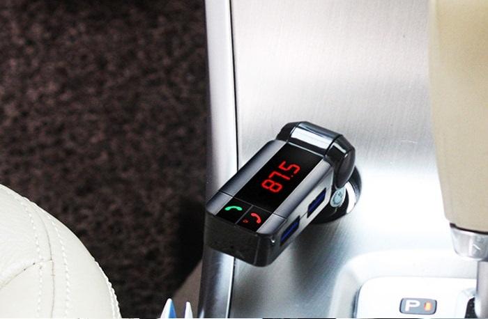 bc06s-bluetooth-car-fm-transmitter-mp3-lejatszo-autos-szivargyujtos-radios-zene-atjatszo-01.jpg