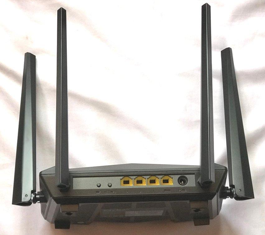 tenda-ac10-wifi-router-teszt-wireless-vezetek-nelkuli-1167mbps-2-4ghz-5ghz-dual-band-wi-fi-4-5dbi-antenna-04.jpg