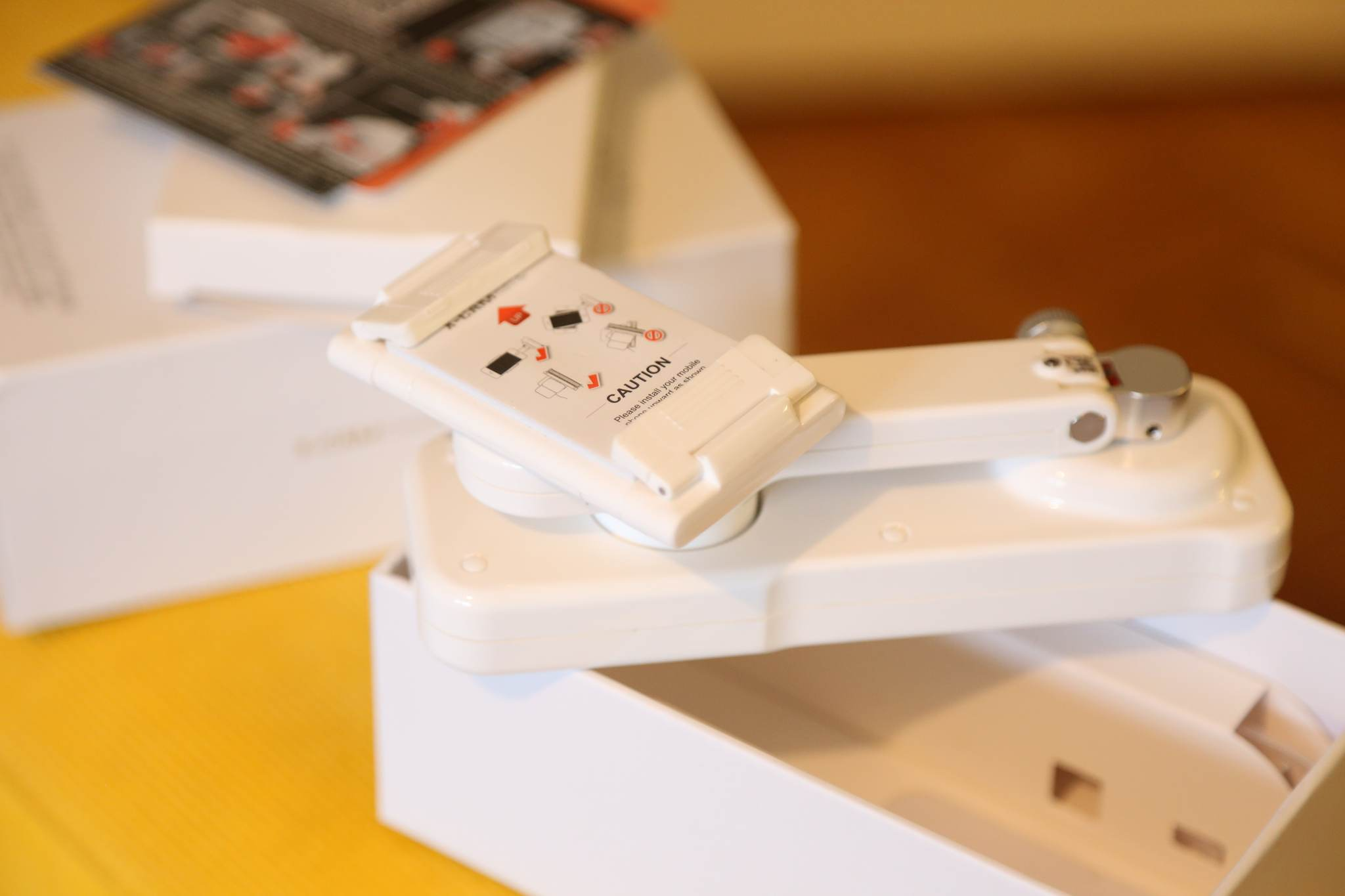 x-cam-sight2-2-tengelyes-telefon-mobiltelefon-gimbal-teszt-olcso-kepstabilizalas-mobil-kamera-2-axis-stabilizer-bluetooth-self-timer-brushless-handheld-gimbal-03.jpg