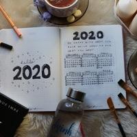 HELLO 2020 MÁR NAGYON VÁRTALAK!
