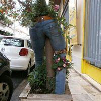 Furcsa kerti dekorációk...