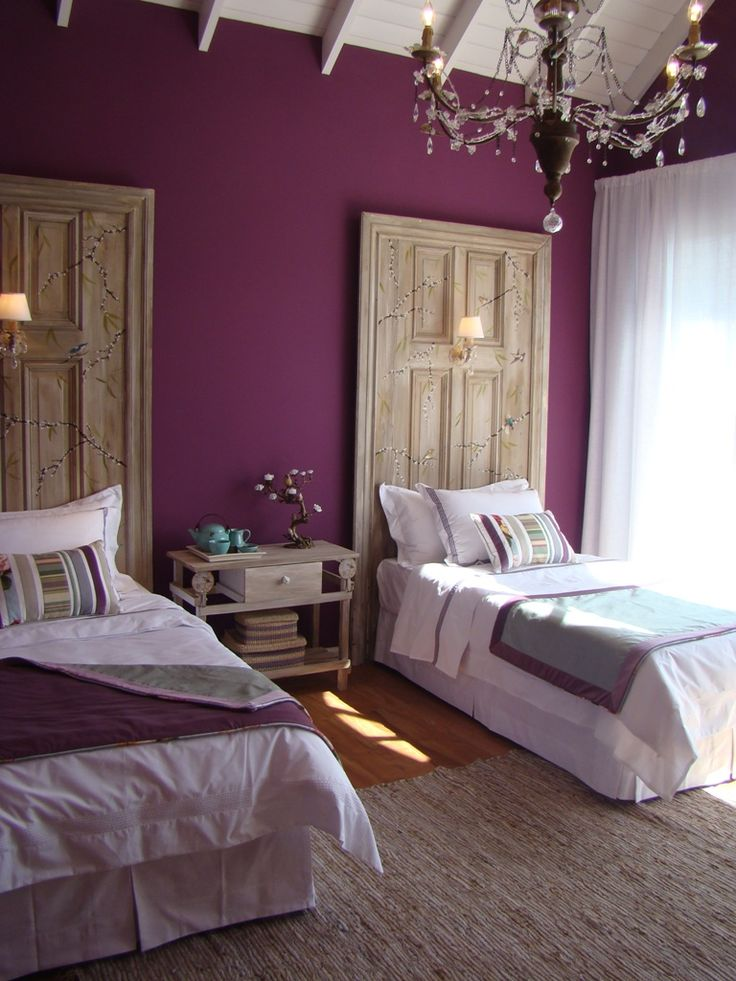 b423b4d29377ea52ccbba2730044355d--purple-walls-blue-accent-walls.jpg