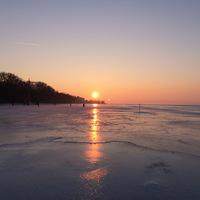 Téli program: csúszkálás a befagyott Balatonon - Balatonföldvár