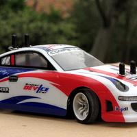 Porsche-karbantartás az asztalon