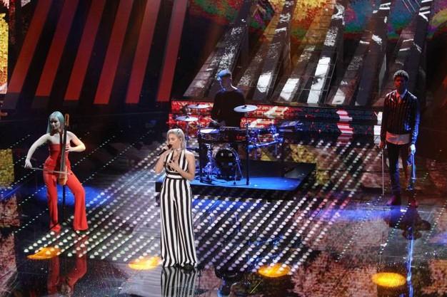 Egy sláger erejéig külföldi előadókat is elhívnak. Például Clean Bandit is volt itt a 'Rockabye' dalukkal. Sean Paul-t nem hozták magukkal.