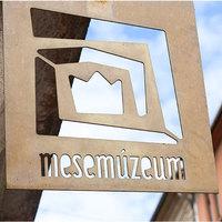 Könyvesek: Mesemúzeum