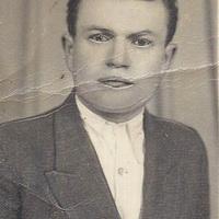 Pénzes László: Kislétai születésű Mikó János /1922-1995/ országgyűlési képviselő.