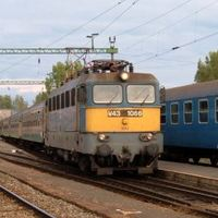 Csoda: értelmes döntést hozott a kormány vasút-ügyben