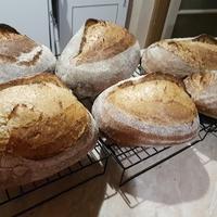 Süss kenyeret előre egy hétre mint Öreganyáink ;)