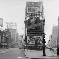 A Times Square 100 éve képekben
