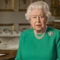 Tíz dolog, amit II. Erzsébet minden útjára elvisz