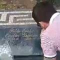 Morbid tisztelgés a kokainbáró emléke előtt