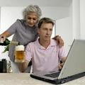 Hány évesen költöznek el otthonról a fiatalok?