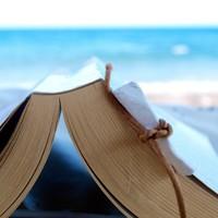 Mit választana: könyvet vagy mobilt?