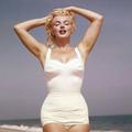 Tíz év és a várandós Marilyn Monroe képei