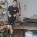 Maratont futott a saját lakásában
