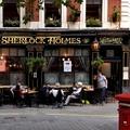 Felboríthatja a brit pubok életét a lazítás