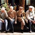 Miért tűnnek rasszistábbnak az idősebbek?