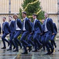 Mariah Carey fiú és Oxfordba jár