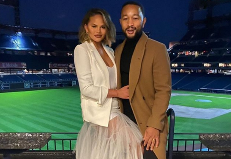 john_legend_chrissy_teigen_foto_instagram_com_johnlegend.jpg