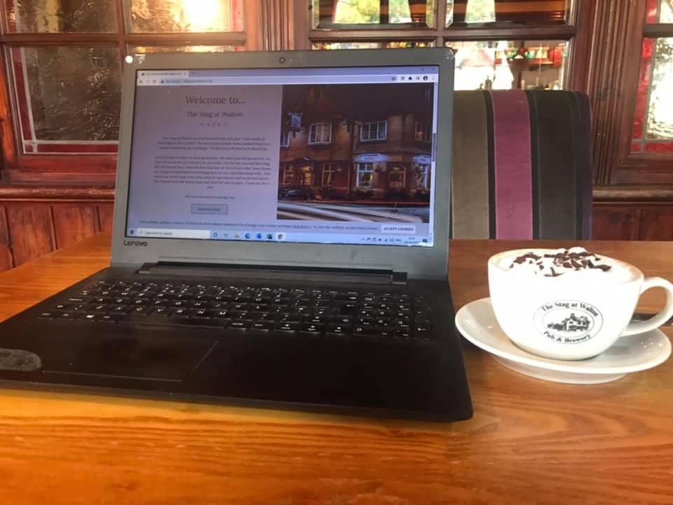 pub_asztal_foto_facebook_com_the_stag_at_walton.jpg