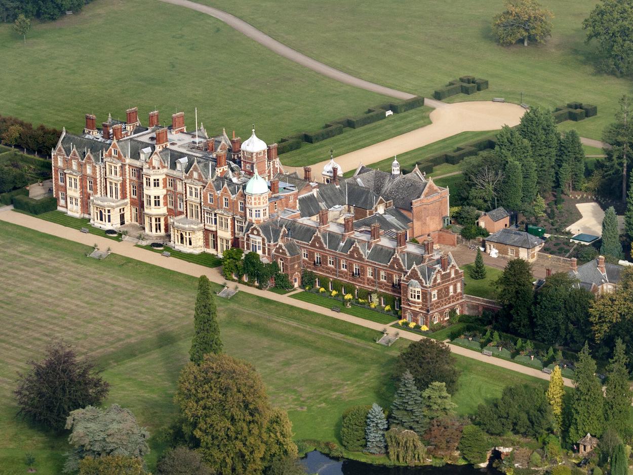 sandringham_house_foto_wikipedia.jpg