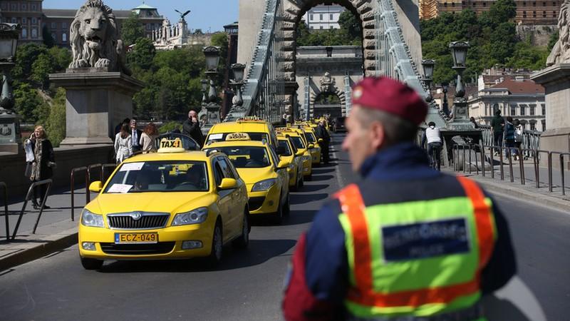 uber_taxistuntetes_foto_index_hu.jpg