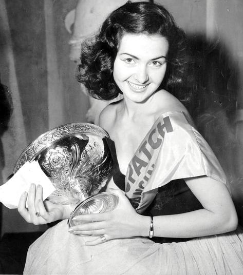 1953 Miss France, the 18-year-old Denise Perrier Lanfranchi, took the title.jpg