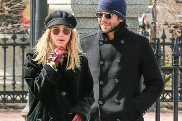 Bradley Cooper és Suki Waterhouse.jpg