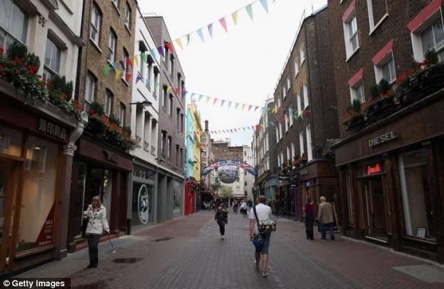 Carnaby Street, Soho.jpg