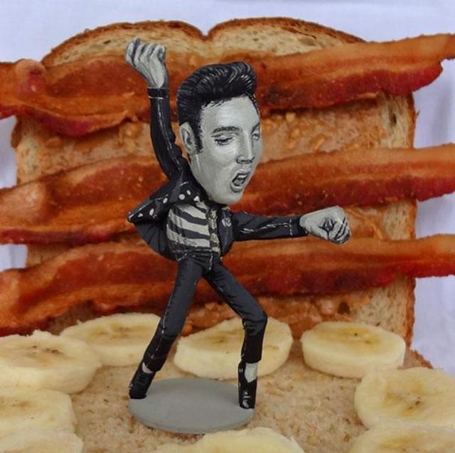 Elvis Presley_1.jpg
