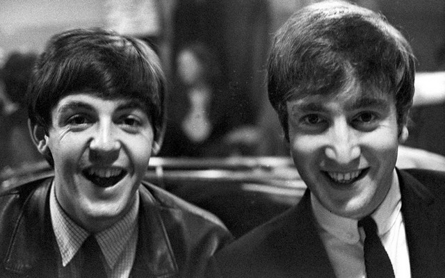 Paul McCartney John Lennon.jpg