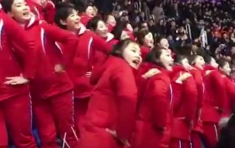 eszak-korea_olimpia_szurkolok_2018.jpg
