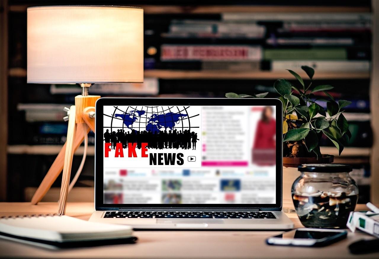 fake_news_foto_pixabay_com_pixel2013.jpg
