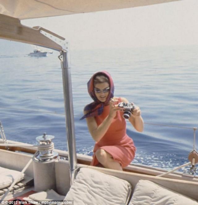 hajón Jackie.jpg
