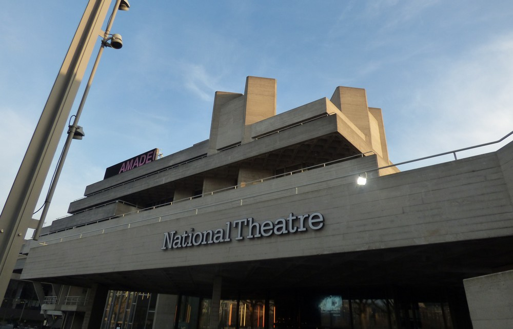 nagy-britannia_national_theatre_foto_flickr_com_elliott_brown.jpg